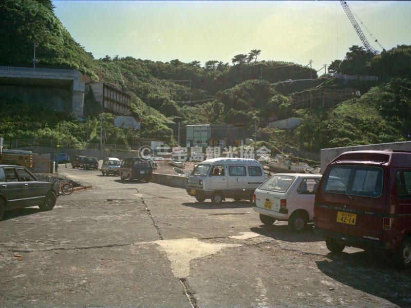 大久保漁港から見る高架工事